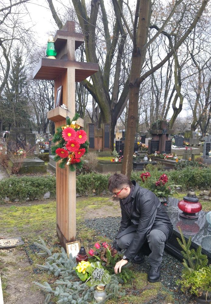 Павльо Малецкій на гробі Юрия Новосільского