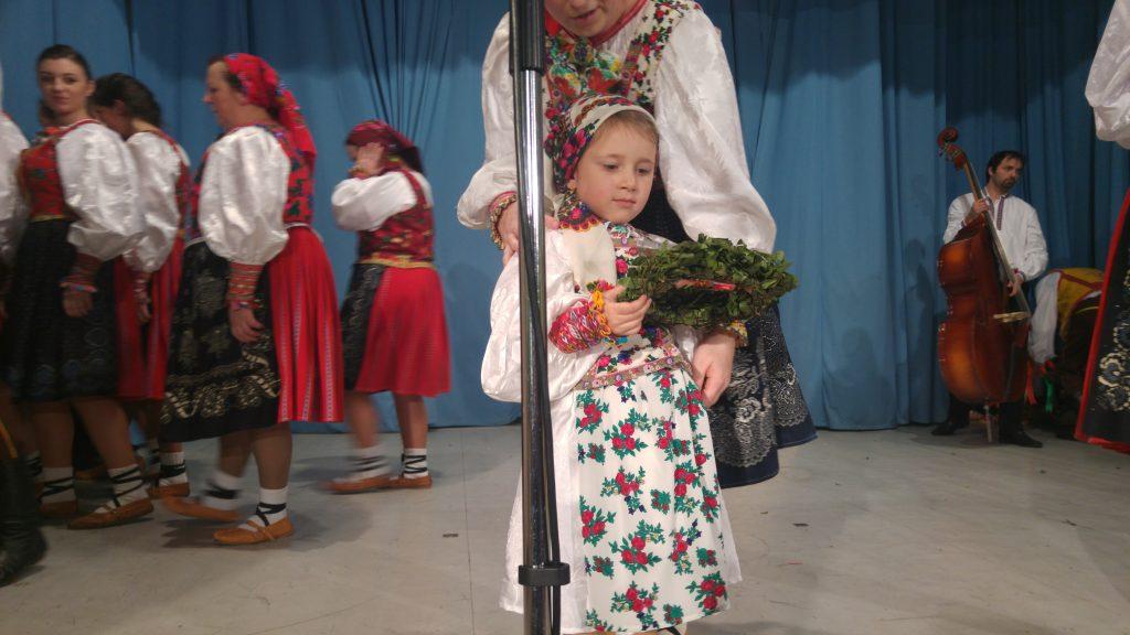 наймолодший член ансамблю Барвінок