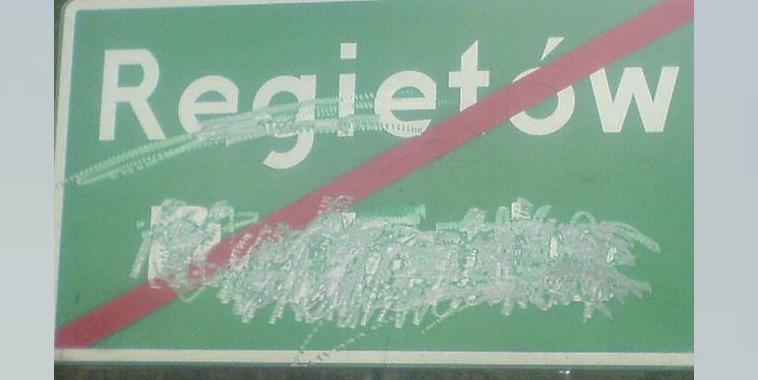 Nasze tablice niszczone są etapami…