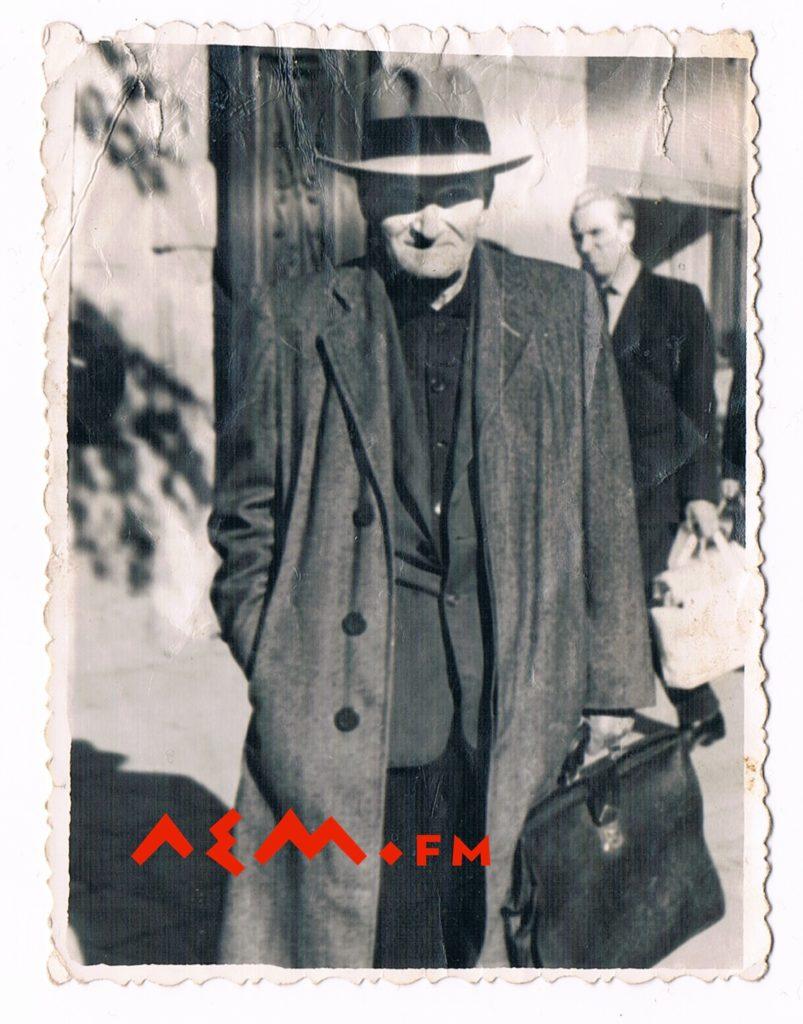 Димитрий Вислоцкій, 60 рокы во Львові (фото Іванкы Полыняк, з д. Поляньской)