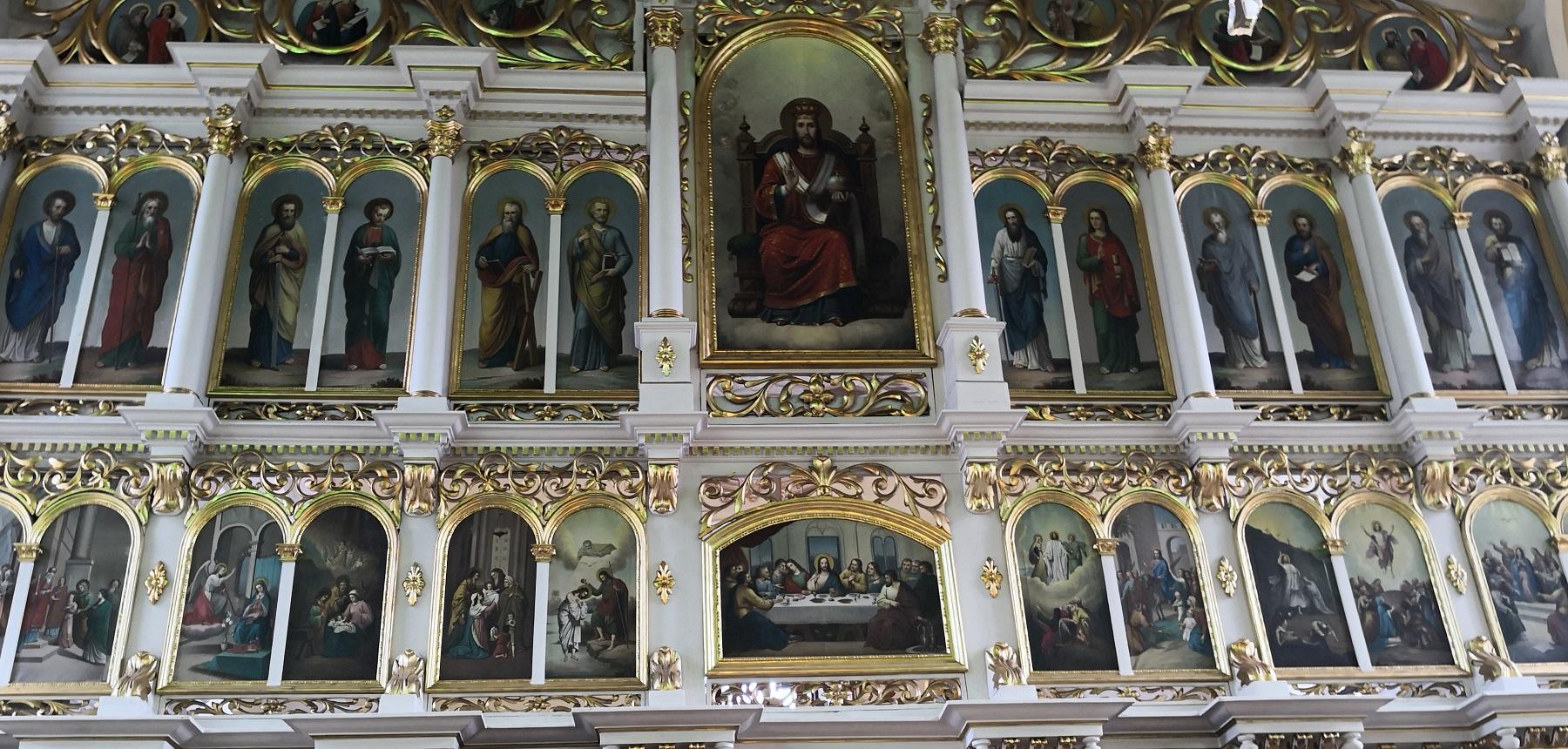 церков св. верховных апостолів Петра і Павла в Камюнці